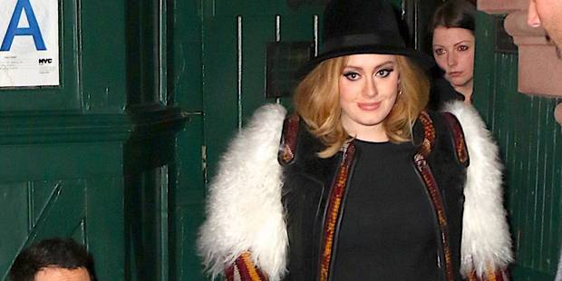 "L'album d'Adele ""25"" continue de battre des records - La Libre"