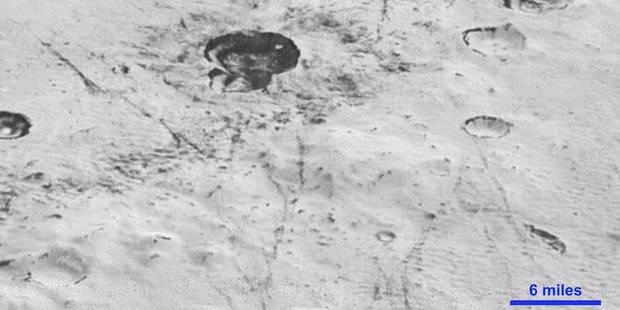 La Nasa dévoile des images de grande qualité de la planète Pluton (VIDÉO) - La Libre