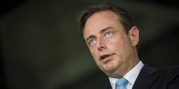 Menace terroriste : De Wever a des réserves sur le bracelet électronique pour les radicalisés - La Libre