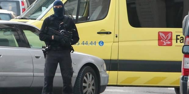 Attentats de Paris: le mandat d'arrêt d'Ayoub Bazarouj prolongé - La Libre