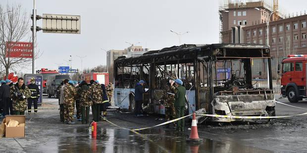 Chine: l'incendie d'un bus qui a fait 17 morts est un acte de vengeance - La Libre