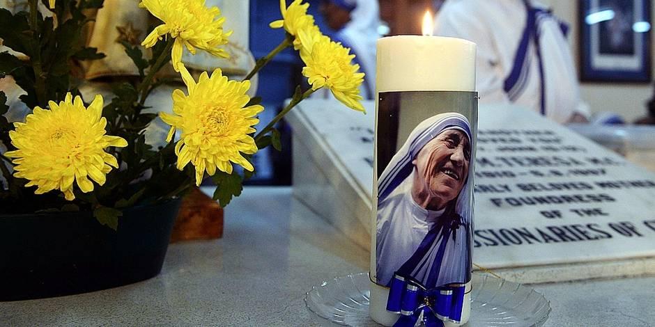Un processus de sanctification bradé pour Mère Teresa? - La Libre