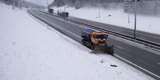 Intempéries hivernales: embarras de circulation importants sur la E42 et la E25 - La Libre