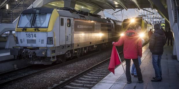 Grève: Direction et syndicats de la SNCB se sont rencontrés - La Libre