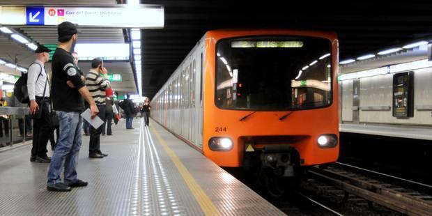 Un homme se suicide dans la station de métro Arts-Loi - La Libre