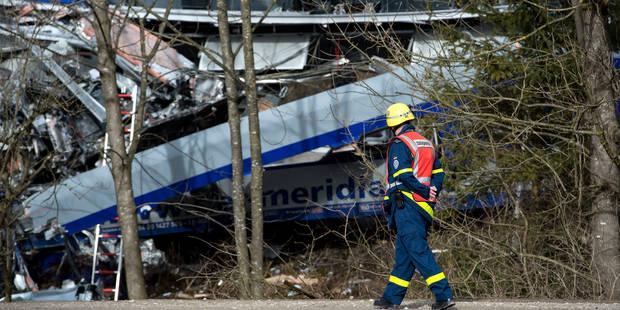 """Collision de trains en Allemagne due à une """"erreur humaine"""": bilan définitif de 10 morts - La Libre"""
