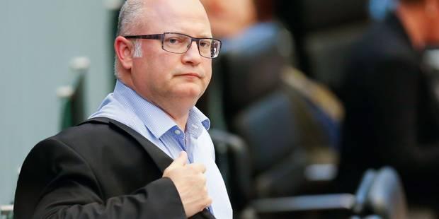 """Réforme fiscale wallonne: MR et Ecolo craignent un """"mauvais match de catch"""" entre PS et cdH - La Libre"""