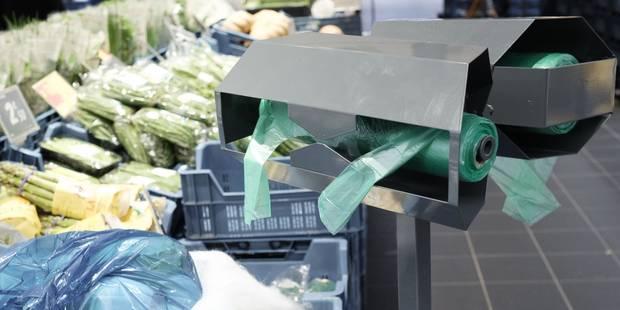Bruxelles: un large consensus pour interdire les sacs en plastique à usage unique - La Libre