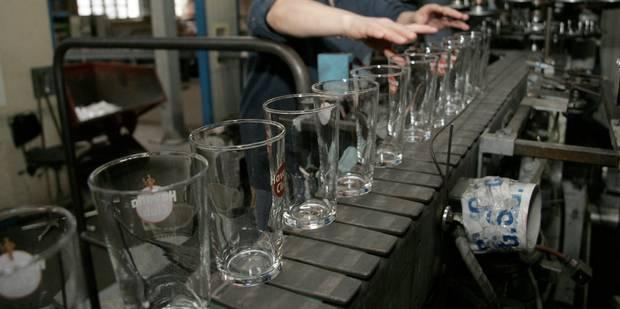 Un million d'euros pour aider des travailleurs licenciés dans le secteur wallon du verre - La Libre