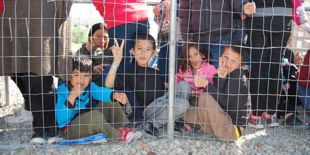Crise des réfugiés en Grèce: débrouille et improvisation dans un univers surréaliste - La Libre