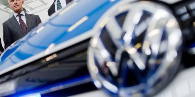 Volkswagen rappelle sa nouvelle Passat en Europe pour un problème électrique - La Libre