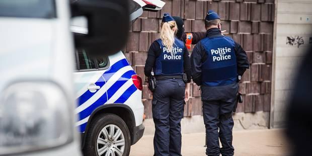 """De plus en plus probable qu'""""Abdeslam avait un projet de fusillade dans Bruxelles"""" - La Libre"""