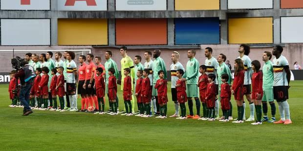 Footballeurs, unissez-vous lors des hymnes nationaux ! - La Libre