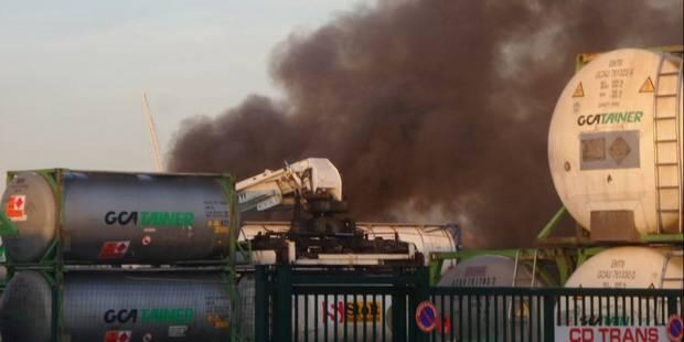 Terrible explosion de camions citernes à Bordeaux: deux pompiers blessés - La Libre