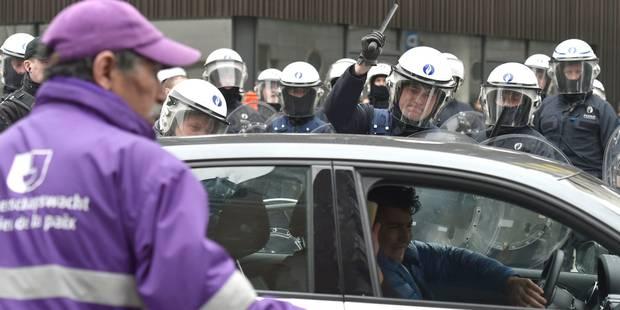 Retour sur un samedi sous très haute tension à Bruxelles et Molenbeek (VIDEOS) - La Libre