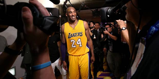 """Kobe Bryant """"comme dans un rêve"""" marque 60 points lors de son dernier match (Vidéo) - La Libre"""