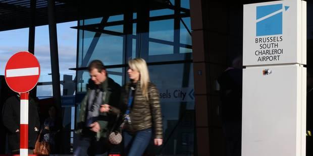 L'aéroport de Charleroi fermé jusqu'à 11h30, une vingtaine de vols concernés - La Libre