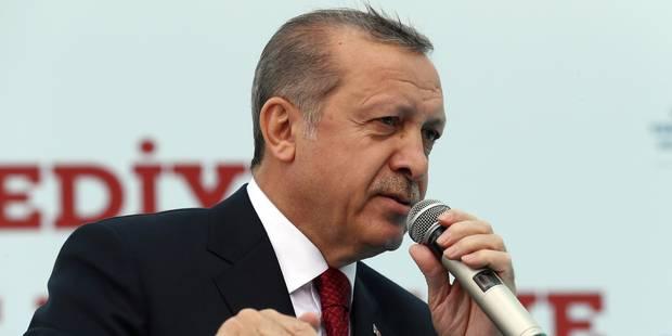 """Accord sur les visas turcs: Erdogan accuse l'Europe de """"mettre la démocratie de côté"""" - La Libre"""
