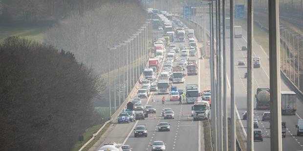 Les routes chargées en raison des retours de week-end - La Libre