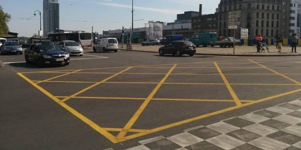 Bruxelles: voici le nouveau marquage au sol pour fluidifier les carrefours - La Libre