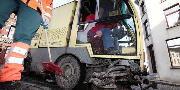 Binche: nettoyage de printemps sous les remparts - La Libre