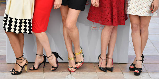 Quand porter des talons hauts est une obligation pour les femmes ... 4b05b5e446e