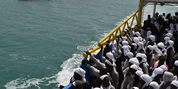 Crise des migrants: 45 corps récupérés après un nouveau naufrage en Méditerranée - La Libre