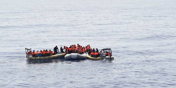 Plus de 200.000 migrants arrivés via la Méditerranée, 2.510 morts - La Libre