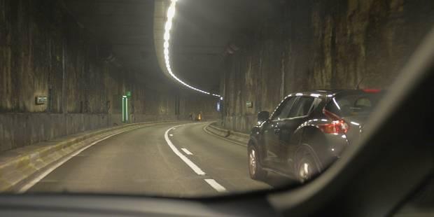 Toutes les entrées du tunnel Léopold II en direction de Midi sont fermées - La Libre