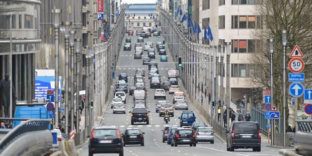 Pollution à Bruxelles: les véhicules diesel d'avant 1997 interdits à partir de 2018 - La Libre