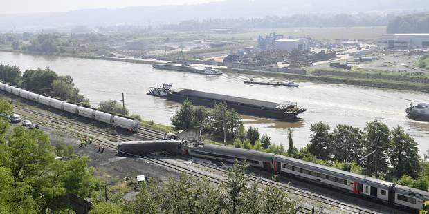 Accident ferroviaire à Saint-Georges-sur-Meuse: un jeune homme grièvement blessé, deux victimes déjà rentrées - La Libre