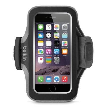 Très pratique quand on fait son jogging, ce bracelet Slim Fit Plus sert de housse de rangement  pour les iPhone. Plus de soucis de dragonne coincée dans le nœud, et bien visible grâce à sa bande réfléchissante. 25€ chez easy-m, distributeur d'Apple.