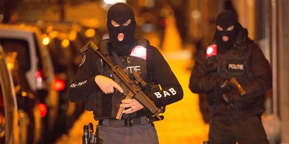 La police menace de partir en grève à son tour - La Libre