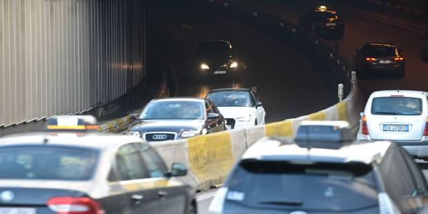Bruxelles: les tunnels Louise et Stéphanie brièvement fermés, trafic fortement perturbé - La Libre