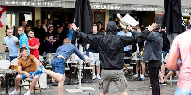 Vers une disqualification de la Russie de l'Euro? Premiers heurts entre supporters anglais et russes à Lille (PHOTOS + V...