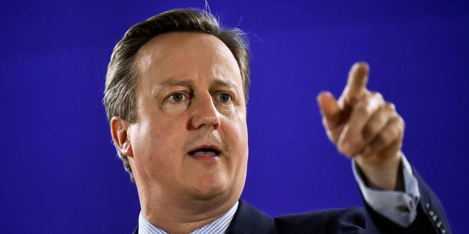 """David Cameron à Jeremy Corbyn : """"Pour l'amour du ciel, mon vieux, partez!"""""""