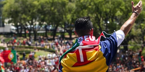 Le retour au pays triomphal des héros portugais (PHOTOS + VIDEOS) - La Libre