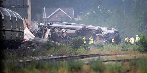 Accident ferroviaire à Saint-Georges-sur-Meuse: Le GSM du conducteur était actif peu avant la collision - La Libre