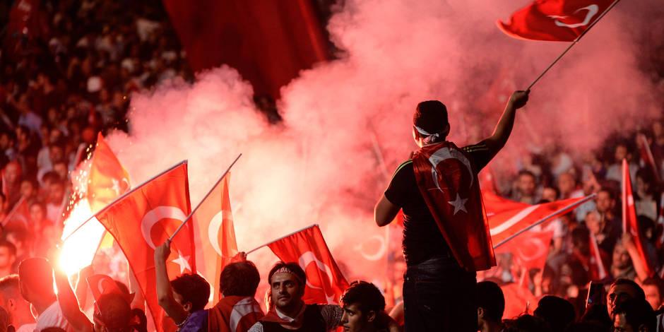 La répression alimente la rumeur d'un faux putsch en Turquie