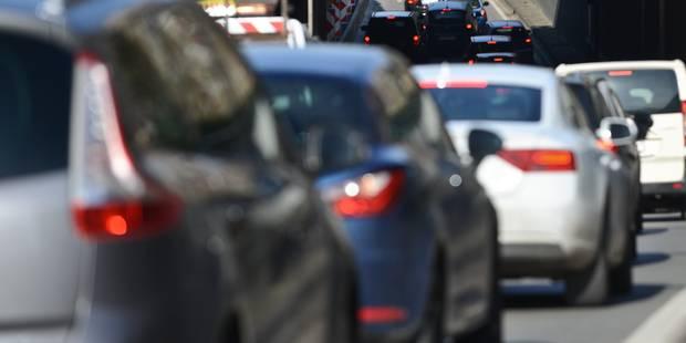 Un accident sur la A27 en France cause des files en Belgique - La Libre