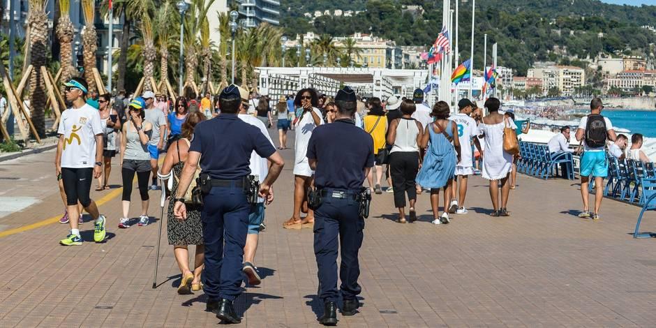 Attentat à Nice: une policière municipale dit avoir reçu des pressions de l'Intérieur