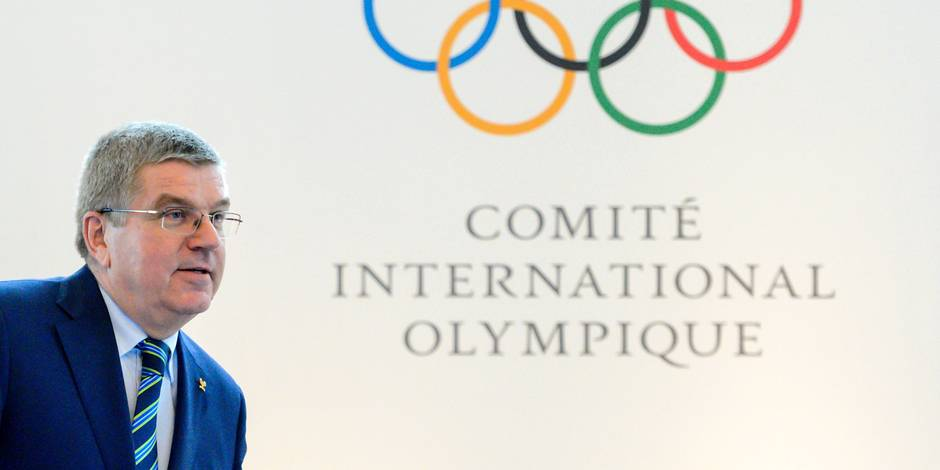 """(FILES) This file photo taken on June 21, 2016 shows International Olympic Committee (IOC) president Thomas Bach arriving for a press conference following an Olympic summit in Lausanne. The International Olympic Committee on July 24, 2016, decided not hit Russia with a blanket for the Rio Games over state-run doping, but said each sports federation needed to establish an athlete's individual eligibility. Federations """"should carry out an individual analysis of each athlete's anti-doping record, taking into account only reliable adequate international tests, and the specificities of the athlete's sport and its rules, in order to ensure a level playing field,"""" the IOC said in a statement. / AFP PHOTO / FABRICE COFFRINI"""