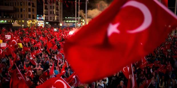"""La Turquie avertit que le """"grand ménage"""" après le coup d'Etat manqué n'est pas terminé - La Libre"""