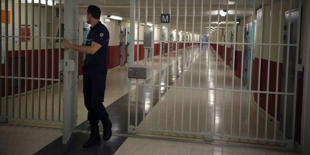 Salah Abdeslam restera sous vidéosurveillance 24h/24 - La Libre