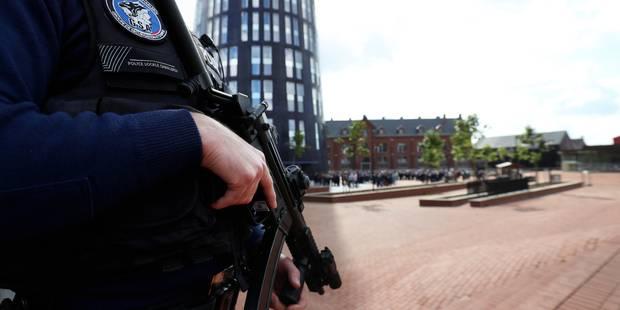 Sécurité des policiers : rien de spectaculaire à l'horizon - La Libre