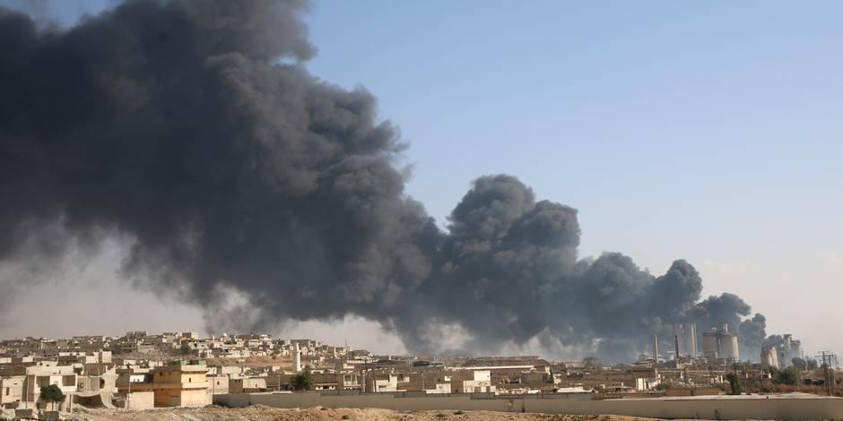 """Etat islamique: les militaires américains ont """"manipulé"""" des renseignements"""