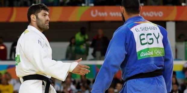 JO: le judoka égyptien qui a refusé de serrer la main de son adversaire israélien renvoyé - La Libre