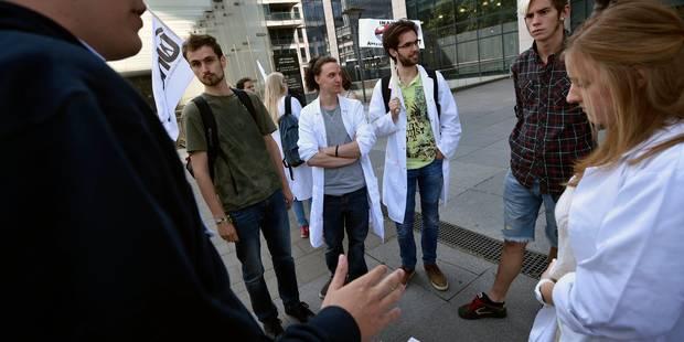Les étudiants annoncent un préavis de grève à durée indéterminée pour la rentrée - La Libre