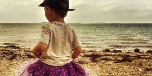 341f7d27c4c Un petit garçon qui portait des tutus vilipendé en public   sa mère répond  parfaitement - La Libre