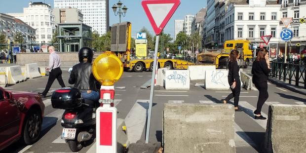 """Les """"affreux blocs de béton"""" maintenus au rond-point Louise - La Libre"""
